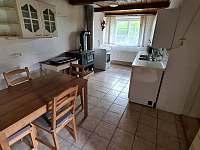 Kuchyně - chalupa ubytování Dešov