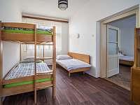 Ubytování ŠRÚFEK - Pokoj s patrovou postelí 1 - Podivín