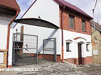 Dolní Bojanovice ubytování 15 lidí  pronájem