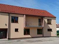 ubytování Lyžařský areál Němčičky v apartmánu na horách - Mikulov
