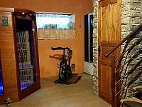 sauna v přízemí - pronájem chaty Vápenice 12