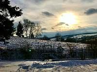 zimní výhled - pronájem chalupy Lopeník