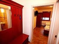 červený pokoj - ubytování Dolní Dunajovice