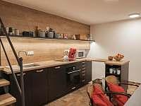 Kuchyně s posezením - apartmán ubytování Prušánky - Nechory