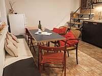 Posezení - apartmán k pronájmu Prušánky - Nechory