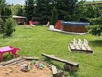 chata Soňa - bazén, pískoviště, ruské kuželky - ubytování Těšetice u Znojma