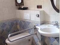Hieronymus - bezbariérová koupelna - chalupa ubytování Mikulov