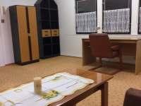 Obývací pokoj - chalupa k pronájmu Tasov u Hroznové Lhoty