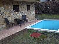Bazén s terasou a posezením - Buchlovice - Smraďavka