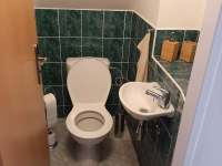 Vila Matylda - toaleta u ložnic - v domě celkem 3x - Klentnice