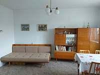 obývací pokoj - chalupa ubytování Maršov