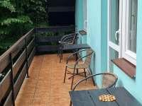 Apartmán balkon - chata k pronajmutí Bítov