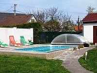 Bazén - chalupa ubytování Březí