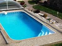 Bazén - chalupa k pronajmutí Březí