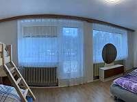 Ložnice 4 ve druhém patře - chalupa ubytování Klobouky u Brna