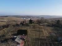 Větrný mlýn nedaleko - Klobouky u Brna