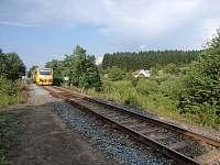 Samota 400 m od nádraží zpátky směr Vsetín - chalupa k pronajmutí Valašské Klobouky