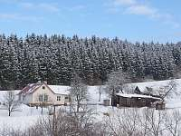 V okolí jsou běžecké trasy i sjezdovky - chalupa k pronájmu Valašské Klobouky