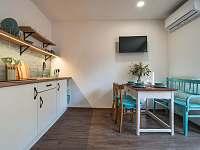 Obytná místnost s kuchyní A - Žádovice
