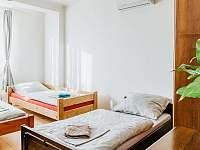 Ubytování U nás ve Vile - Pokoj 4 lůžka - vila k pronajmutí Čejč