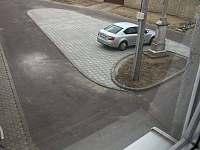 Parkoviště u domu - apartmán k pronájmu Šakvice