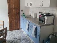 kuchyňka ve 4lůžkovém apartmánu - ubytování Hrušky u Břeclavi