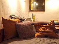 večerní ambiente - apartmán k pronájmu Čejkovice