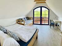 4 lůžková ložnice s balkoném - chata ubytování Mutěnice