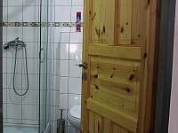 Koupelna vrchní část objektu - pronájem chaty Prušánky - Nechory