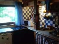 Kuchyně - chata k pronájmu Vřesovice