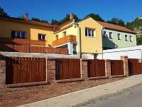 domek - pronájem rekreačního domu Znojmo