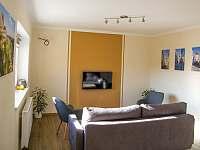 obývací pokoj - pronájem rekreačního domu Znojmo