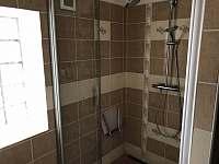 koupelna - chalupa k pronájmu Dolní Věstonice