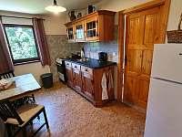 Kuchyň v patře - chata ubytování Buchlovice - Smraďavka