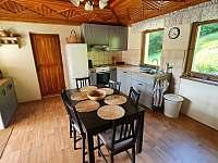 Kuchyň v přízemí - chata k pronajmutí Buchlovice - Smraďavka