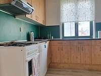 kuchyň - apartmán k pronájmu Milovice