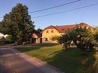Domek v Podyjí, bezprostřední okolí - Lukov u Znojma