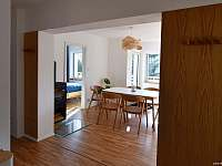pohled z kuchyně - pronájem chaty Buchlovice - Smraďavka