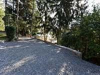 příjezd a parkování - chata k pronájmu Buchlovice - Smraďavka