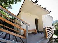 vstup hlavni obytný prostor - chata k pronajmutí Buchlovice - Smraďavka