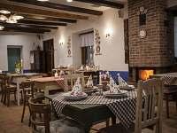 restaurace - Hradčovice