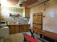 Kuchyňka s posezením - apartmán ubytování Rohatec
