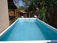 venkovní bazén - Roštín
