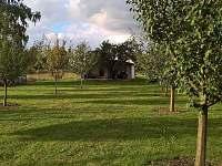zahrada - chata ubytování Břeclav
