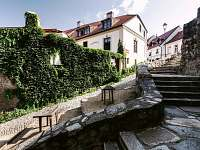 Levné ubytování  Přehrada Jevišovice Apartmán na horách - Znojmo
