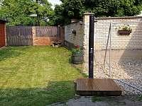 zahradní solární sprcha