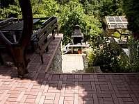 Horní a dolní terasa - chata ubytování Podhradí nad Dyjí