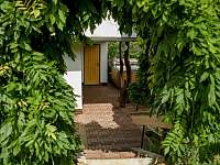 Vstup na terasu - chata k pronájmu Podhradí nad Dyjí