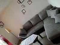 pohovka - apartmán ubytování Velké Němčice