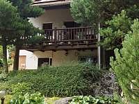 Chalupa Řicmanice - Zahrada a okrasné jezírko - ubytování Řicmanice